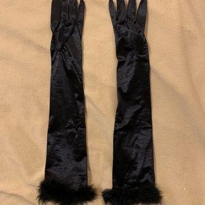 Accessories - Black satin gloves w/marabou